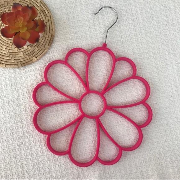 Pink Velvet Scarf Hanger Flower Shape